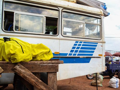 Veilig voor bagage: de Radical Design transport- en regenhoes