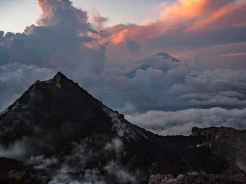 Must do in Guatemala: vulkaan beklimmen