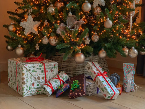 10 betaalbare reiscadeaus voor onder de kerstboom